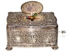 Singing bird box: very beautiful rococo style singing bird box, rare silver edition, German, probably from the 30s (NO LIVE FEE)