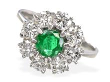 High-quality diamond and emerald ring