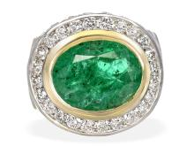 Emerald and diamond ring, Emerald approximately 6 ct