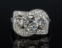 Ladies Platinum and Diamond Art Deco Vintage Ring