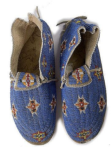 Sioux Beaded Hide Moccasins, ca 1950 thread-sewn