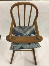 Antique high child's/doll high chair with collapsible base