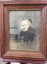 Antique original charcoal self portrait in original frame - fair cond pairs with 249