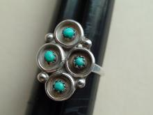 Native American Zuni Sterling Silver Turquoise Petite Point Ring Size 7.5