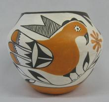 Bird Pottery : 1950's Minature Acoma Zia Bird Polychrome Pottery Jar #251