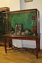 A FINE QUALITY MAHOGANY MUSEUM DISPLAY CABINET FRO