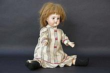 SIMON & HALBIG voor CUNO & OTTO DRESSEL kleine antieke pop met porseleinen hoofd gemerkt