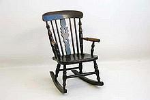 Antiek Engels poppenschommelstoeltje in olm