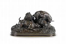 Pierre-Jules MENE  (1810-1879)  Chasse au lapin (groupe chiens au terrier).  Groupe en bronze à patine brune mordorée.  Signé.  H. : 20 cm. L. : 38 cm. P. : 17 cm.