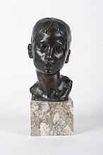 Giuseppe MORETTI  (1857-1935)  Buste de jeune femme au chignon.  Bronze à patine brune nuancée  sur socle en marbre gris veiné.  Signé.  H. : 20 cm.