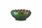 Jean-Baptiste Gaziello  (1871-1957)  Coupe ronde à bords polylobés en céramique  irisée verte à pastilles rouges. Signée. H. : 8 cm.
