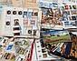 Nations Unies :  carnets de circulation, important  ensemble de timbres-poste neufs  et oblitérés, blocs, carnets dans un  carton.