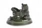 Antoine-Louis BARYE (1795-1875) Ours assis. Sujet en bronze à patine brun vert nuancée. Signé, et marqué F. Barbedienne fondeur. H. : 14 cm. L. : 15 cm. P. : 20,5 cm. Bibliographie : Michel Richarme et Alain Poletti, Antoine Louis Barye catalogue