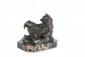 Antoine-Louis BARYE (1795-1875) Ours assis n°2. Sujet en bronze à patine brune. Signé, édition de Brame. H. : 9,5 cm. L. : 12,5 cm. P. : 7 cm. Bibliographie : Michel Richarme et Alain Poletti, Antoine Louis Barye catalogue raisonné, Edition