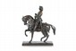 Antoine-Louis BARYE (1795-1875) Charles VII, le victorieux. Sujet en bronze à patine noire. Signé, et marqué F. Barbedienne fondeur. H. : 29,5 cm. L. : 26,5 cm. P. : 11 cm. Bibliographie : Michel Richarme et Alain Poletti, Antoine Louis Barye
