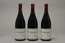 3 bouteilles ECHEZEAUX (Grand Cru) 1 à 2,6; 2 à 2,7; capsules légèrement corrodées 1989 Dne de la Romanée Conti