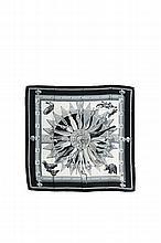 HERMES Paris   Carré en soie imprimée noir et blanc, titré   « Cuillers d'Afrique », dessiné par Latham.   90 x 90 cm.   Etat d'usage.