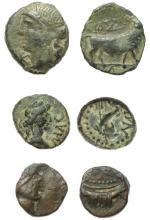 CELTO-LIGURES - Lot de 3 monnaies en bronze :