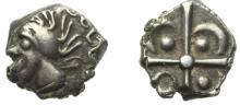 VOLQUES ARECOMIQUES-NIMES - Un autre exemplaire: Drachme argent « à la tête négroïde ». 3,27 gr.