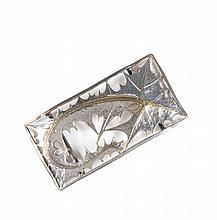 MAURICE DAURAT (1880-1969)   Boucle de ceinture en métal argenté et doré à décor   de chardons.