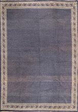 TAPIS DE?CORATIF MAROCAIN   Tapis de?coratif marocain, bleu et blanc de format salon.
