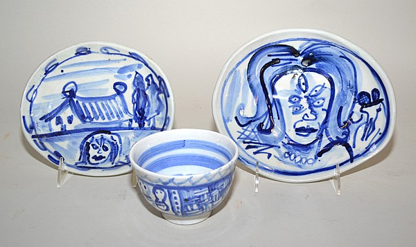 KIRK MANGUS CERAMICS LOT 3 PIECES. 3 Kirk Mangus (b. 19555) blue and white ceramics includes: (1) oval plate. Signed : Mangus. Size; 8'' x7''. (1) large oval plate. Signed: Mangus. Size; 8 3/4''L. 7 1/2''W. (1) bowl. unsigned. Size; 3''H, 4