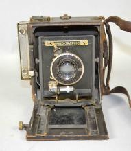 FOLMER GRAFLEX SPEED GRAPHIC CAMERA - Condition: Age appropriate wear; All items sold as is.