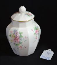 ROYAL DOULTON COVERED JAR H5105 1985 ''SUMMER BOUQUET'' - Floral motif with gold gilt on lid; Measures 8.25''H x 5''W - Condition: Age appropriate wear; All items sold as is.
