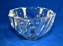 ORREFORS RESIDENCE CRYSTAL BOWL - signed Orrefors OH 4570-13; measures 5''H x 8'' diameter - Condition: Excellent condition; Age appropriate wear; All items sold as is.