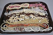 MISC. NECKLACES LOT 20+ PIECES  Lot includes, beads, shells, crystals and others. No Mark. All jewelry sold as is.
