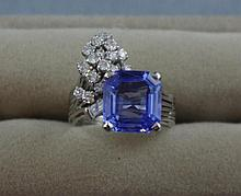 18ct gold, blue Ceylon sapphire & 18 diamond ring