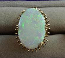 Handmade 18ct gold, solid Australian opal ring