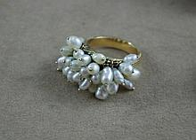 14ct yellow gold and pearl ring approx 9.8 grams