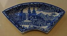 Early Staffordshire blue & white supper dish, tran