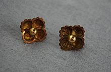 Delicate 15 gold earrings in flower form total