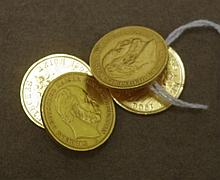 Pair of 18ct gold coin form cuff-links approx
