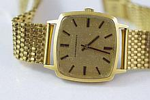 Girard-Perregaux gentlemans 18ct gold watch Total weight 71 gms approx. in need of cleaning.