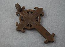 Vintage vulcanite cross approx 9cm in length