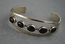 Mexican Taxco silver & black stone bracelet marked
