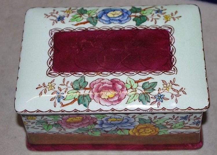 Maling jewellery box (Peony Rose)