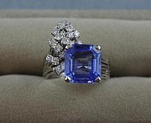 18ct gold, blue Ceylon sapphire & 18 diamond ring