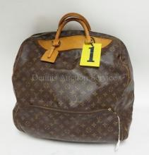 LOUIS VUITTON SOFT BAG. MADE IN FRANCE, 1991. APP 18 IN