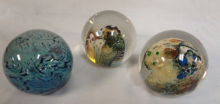 GROUP OF 3 INTERNALLY DECORATED PAPERWEIGHTS