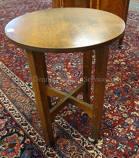 MISSION OAK TABOURET W/X STRETCHER BASE; HAS FRAGMENT OF ORIG LABEL; 20 IN DIA