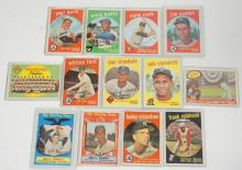 GROUP OF 13 1959 TOPPS BASEBALL CARDS INCL. MANTLE, BERRA, CLEMENTE, ETC