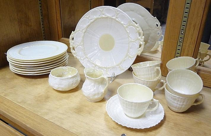 19 PC BELLEEK; HANDLED CAKE PLATE, (8) 8 1/4 IN