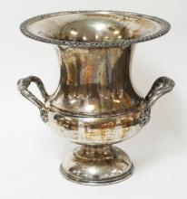 SILVER PLATED ICE BUCKET. *ENGLISH SILVER MFG CO* USA. 10 1/2 IN H