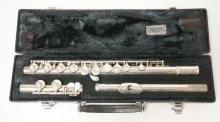YAMAHA FLUTE IN CASE. PADS INTACT.