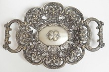 ORNATE GERMAN 750 SILVER OPENWORK BOWL. 12 LOTH MARK. 6.95 T. OZ. 12 1/2 IN X  8 1/2 IN