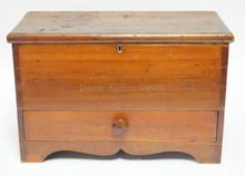 DOVETAILED MINIATURE BLANKET CHEST W/ DRAWER. 18 3/4 IN X 9 1/4 IN, 121 IN H.